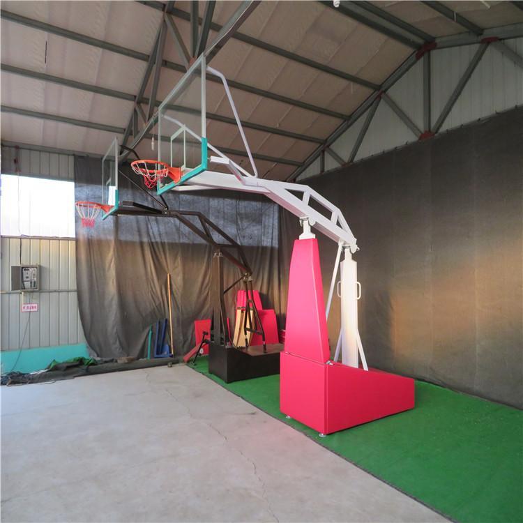 冠龙文体源头厂家 电动液压篮球架 篮球架生产厂家直销 价格合理