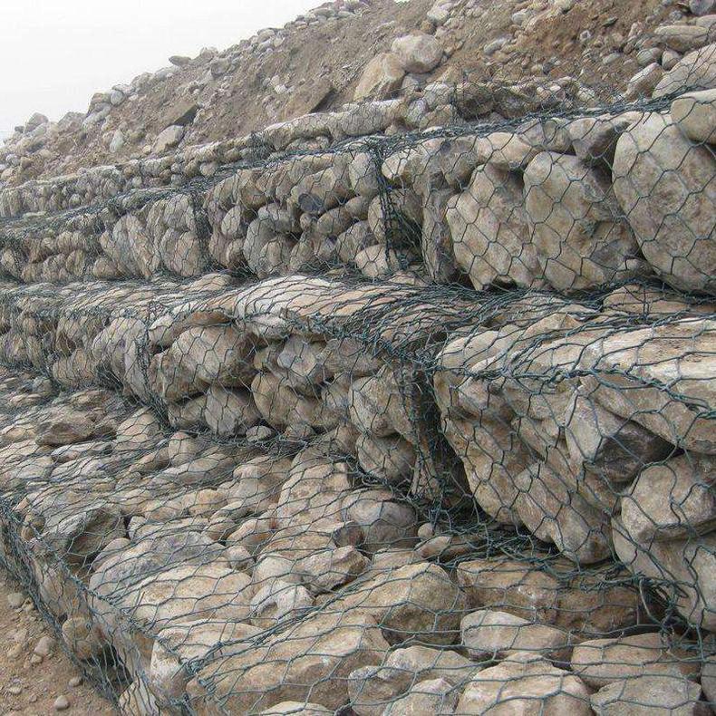 石笼网护垫 艾凯 镀锌电焊石笼网 报价
