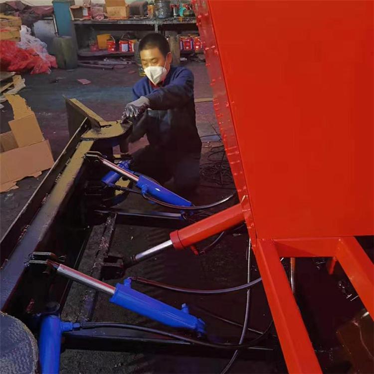 厂商定制履带式推雪机防滑驾驶室推雪车 履带式推雪机