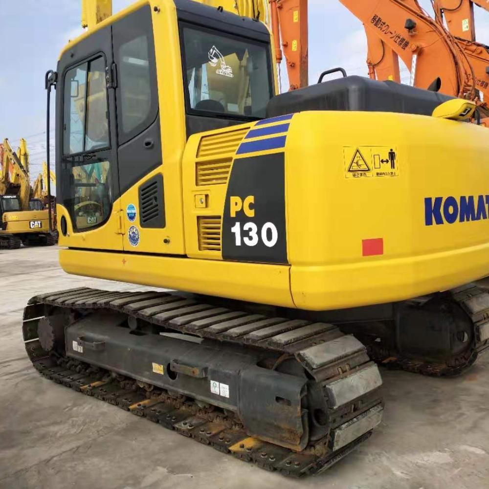 高价回收挖机小松110型130型二手挖机回收