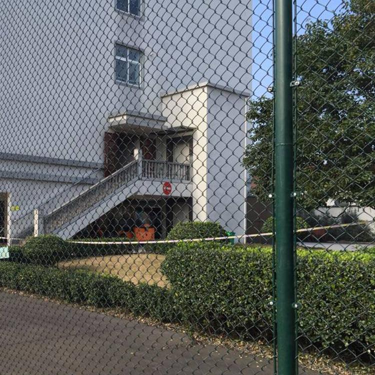 永航围网 球场围网专业生产厂家高尔夫球场 体育场围栏现货 品质保证 足球场 体育场