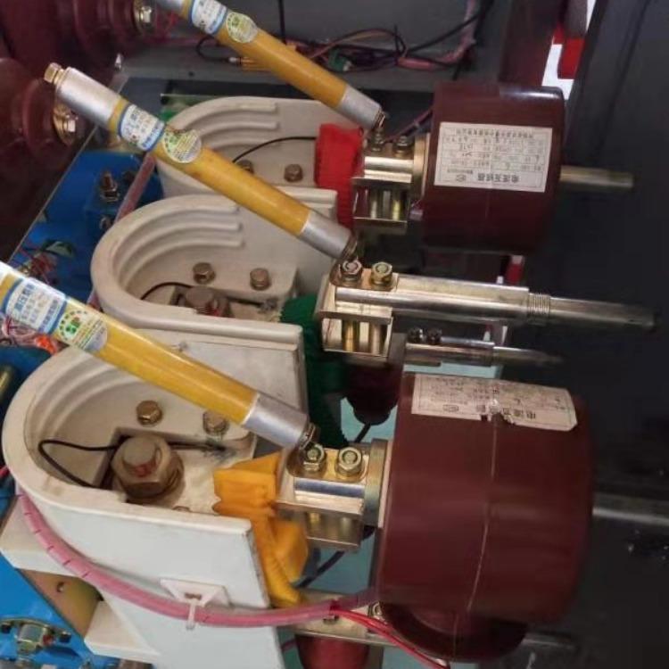 陕西电源双变频器 双风机双电源变频器 联安电源双变频器