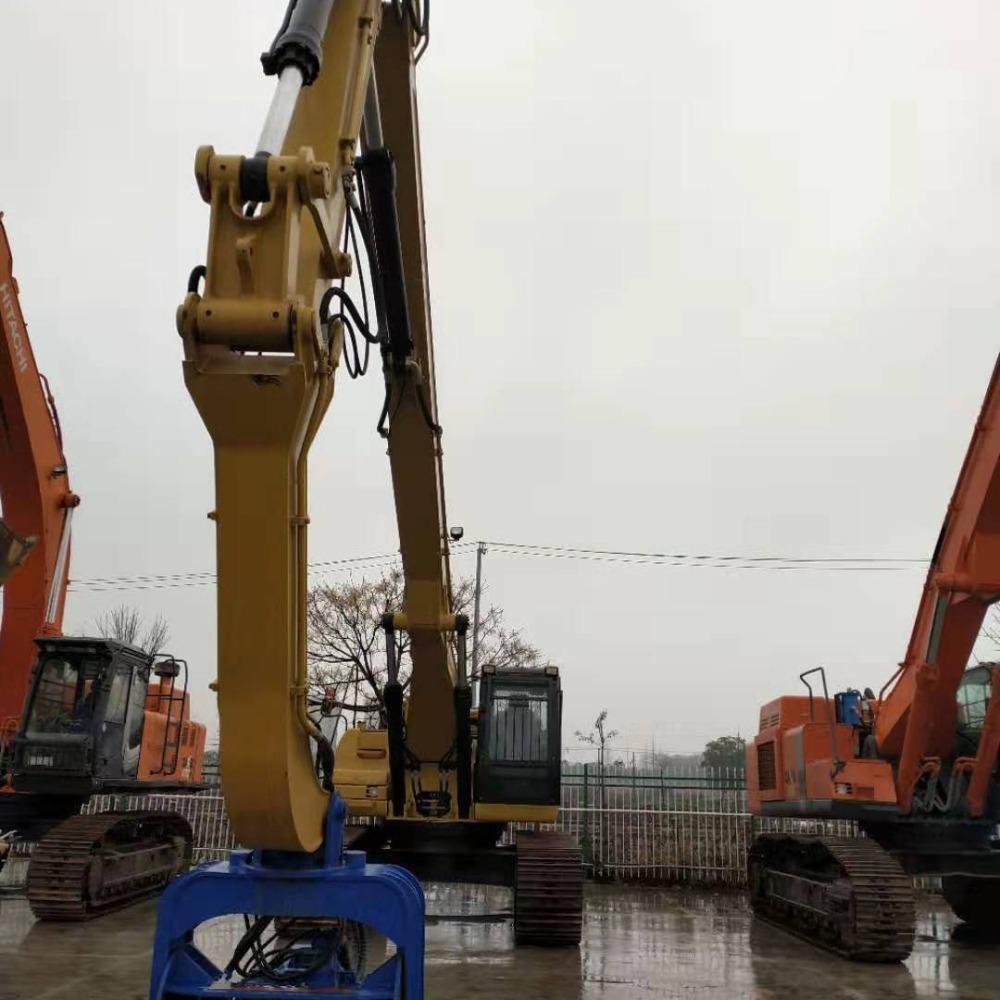 上海签达机械设备大型二手挖掘机日立450型矿山要可靠质量安全驾驶