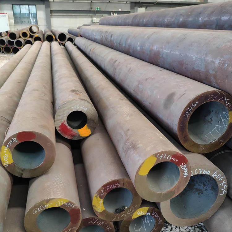 GB6479-2013无缝钢管生产厂家 化肥专用管价格 外观精致 代理优惠