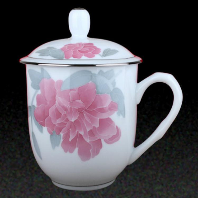 手绘釉下彩礼品陶瓷会议纪念杯信誉根本质量说话热销供应大量供应售后无忧
