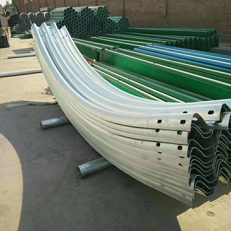 镀锌护栏板生产厂家 双波三波波形护栏 喷塑可定制