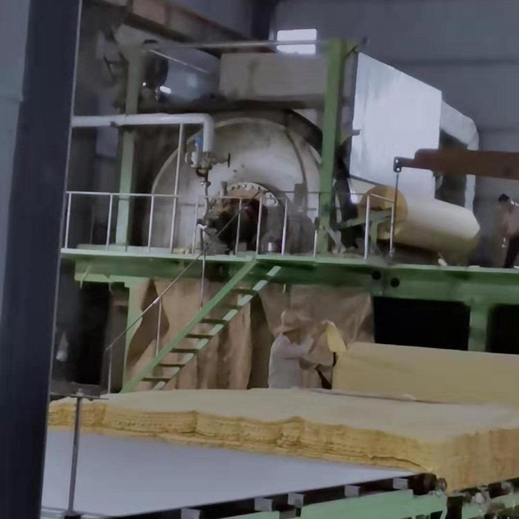 旭豪机械收售二手造纸机设备及配件 小型卫生纸复卷机 8成新循环水环保机 小型废纸造纸机 带锯切纸机