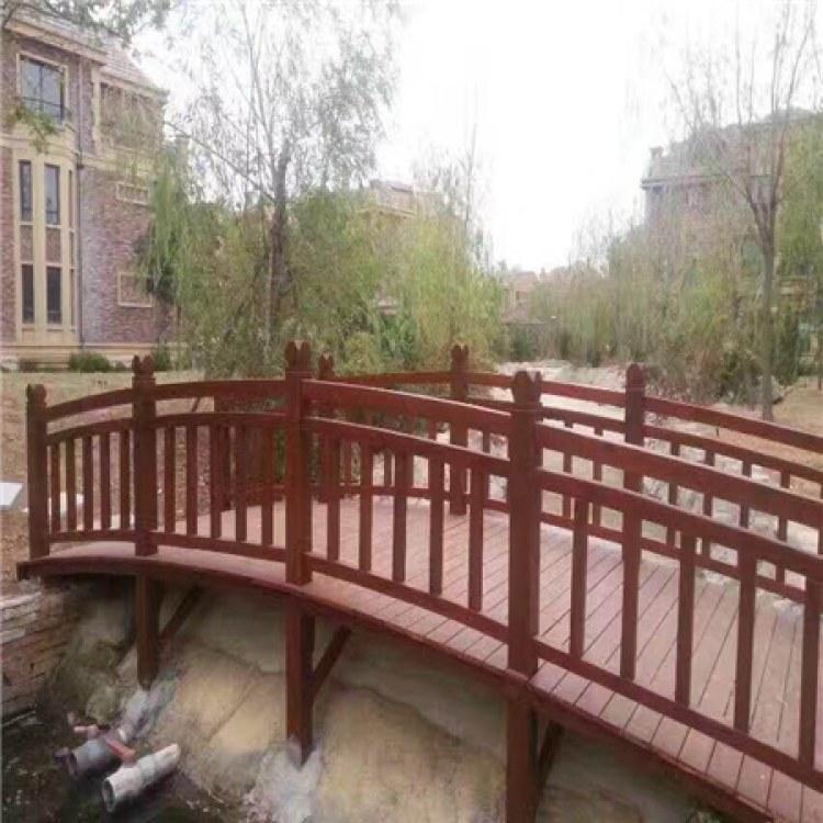 贵州六盘水防腐木地板防腐木连廊生产厂家