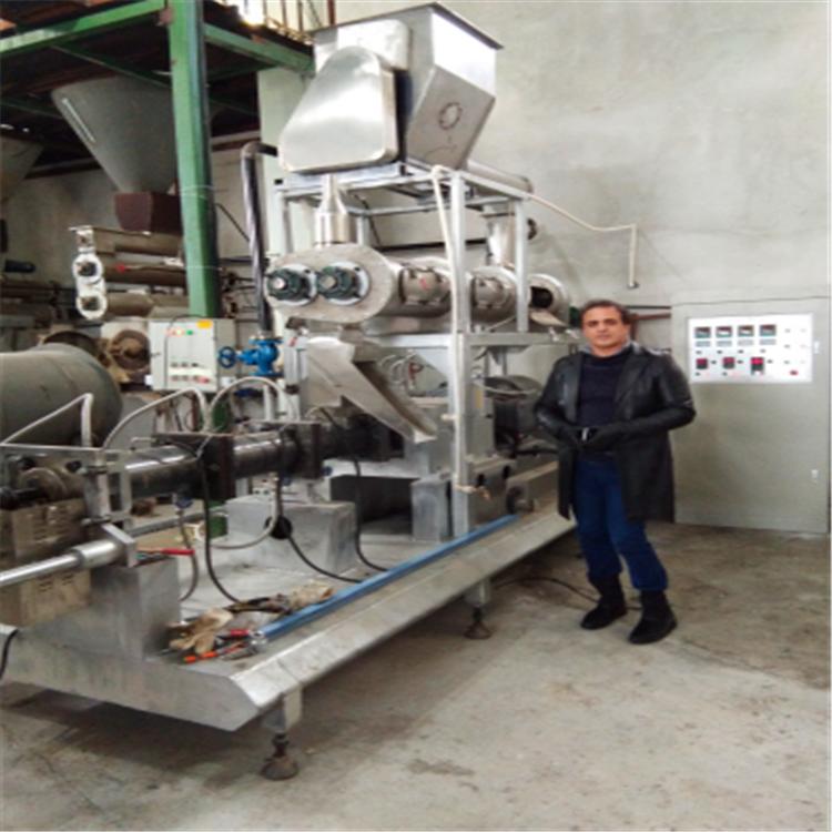 供应大产量时产一吨鱼饲料生产线双螺杆膨化机宠物饲料生产线