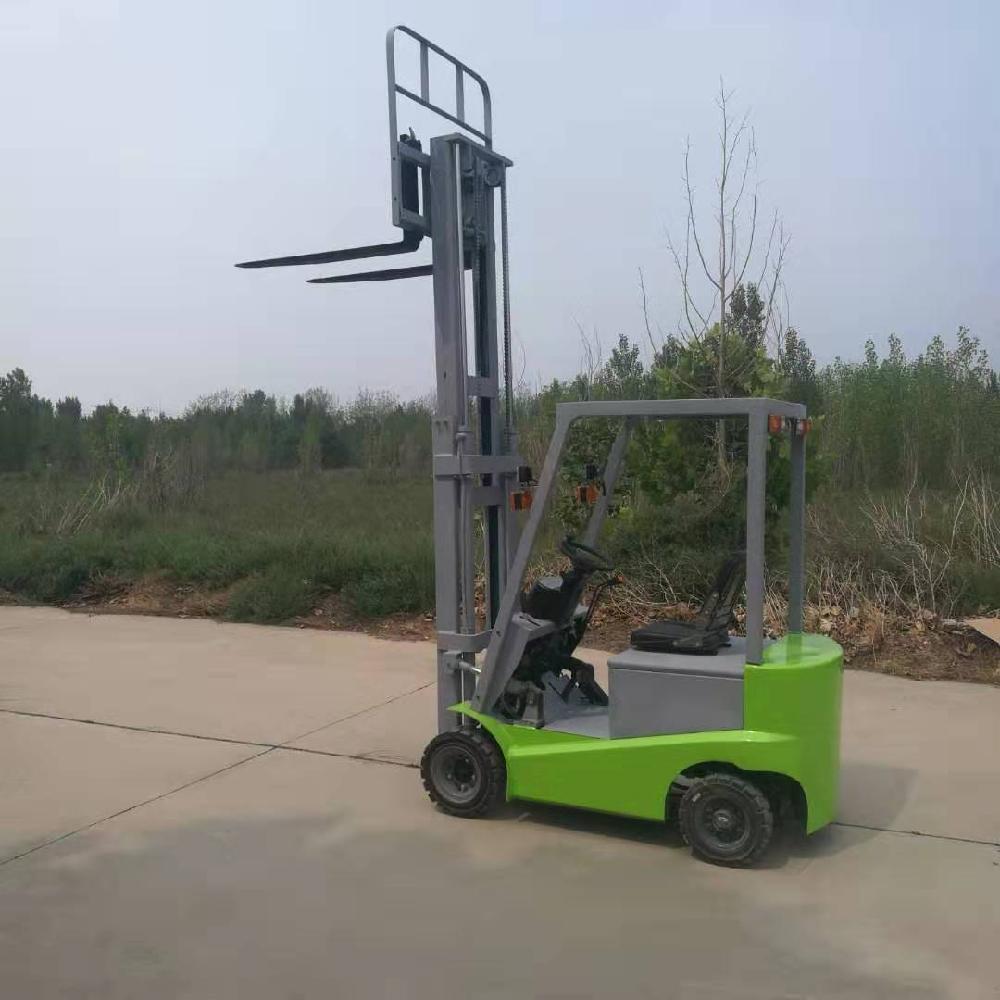 厂家直销 座驾四轮式环保电动升高叉车小型电动叉车