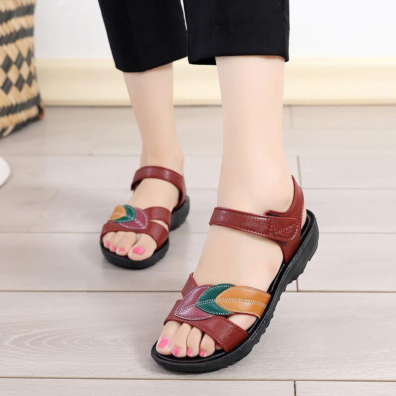 新款凉鞋女夏季平底女鞋软底低跟大码凉鞋女士平跟坡跟鞋