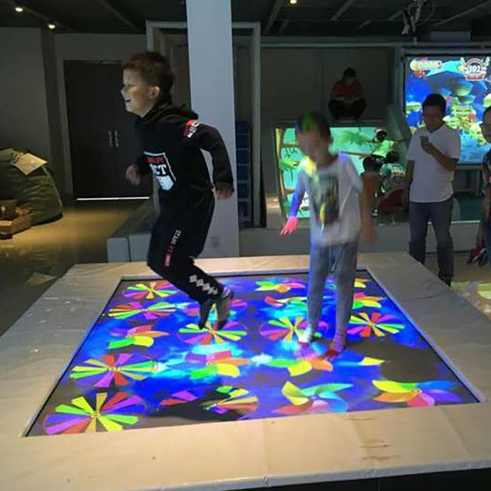 互动蹦床 蹦床投影互动开发