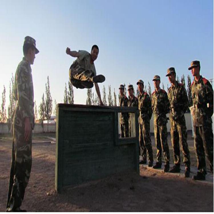 南平部队400米障碍部队400米障碍高墙厂家定制