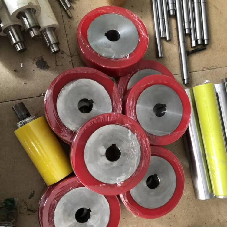 厂家直销 专业定制 聚氨酯包胶轴 聚氨酯包胶轮
