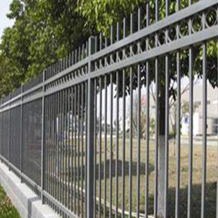 广阔 锌钢护栏 隔离围栏 围墙锌钢 工地施工 铁艺护栏