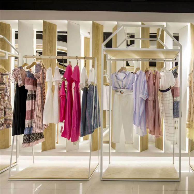 春装新款外套 广州服装批发 艺素国际品牌女装货源