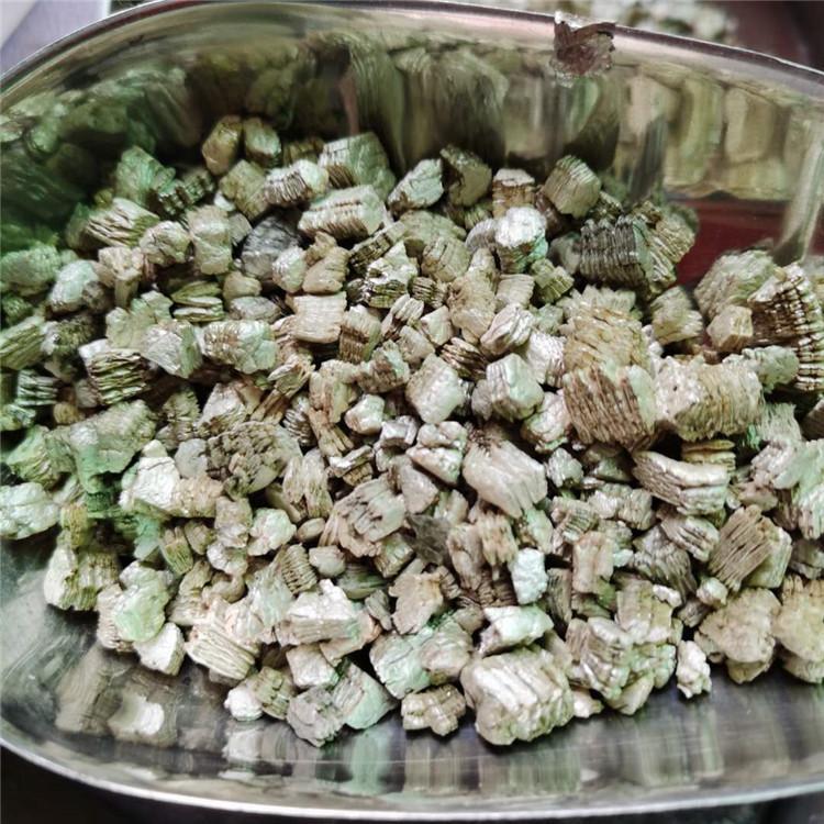 雷鸣供应新疆白蛭石 大颗粒膨胀蛭石 园艺蛭石