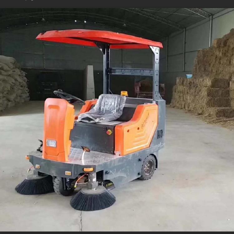 驾驶式扫地机 宏骏洁G80 工厂小型电动扫地车 驾驶式洗地车