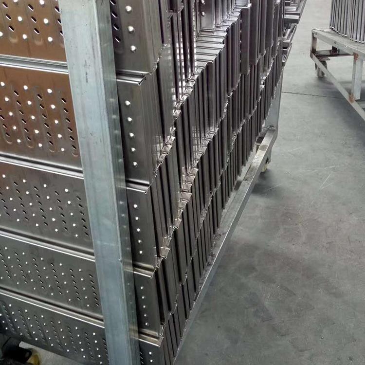 专业地沟盖板加工厂 广为钢格板货源充足