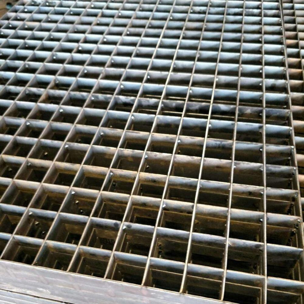 雄冠 鍍鋅平臺踏步板 平臺鋼格柵板廠家供應Q235