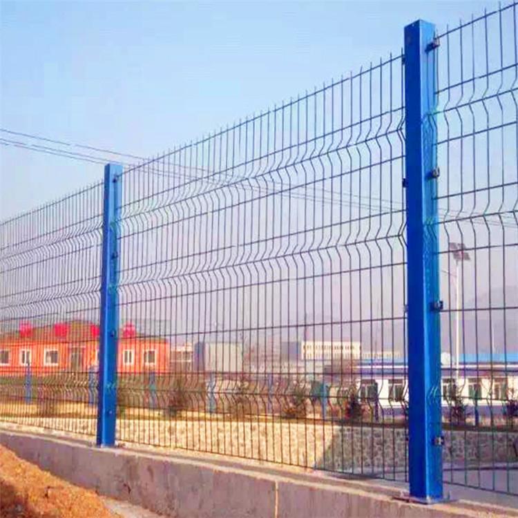 恺嵘 高速公路隔离网 园林防护网 安全铁丝防护网 绿色铁丝网厂家