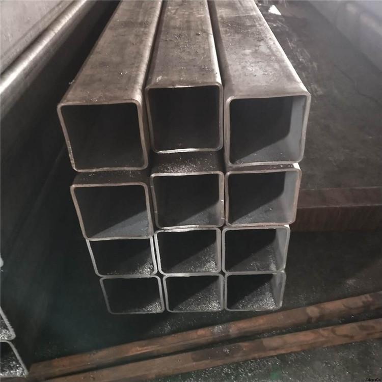 瑞鑫金属无缝方管厂 不锈方管