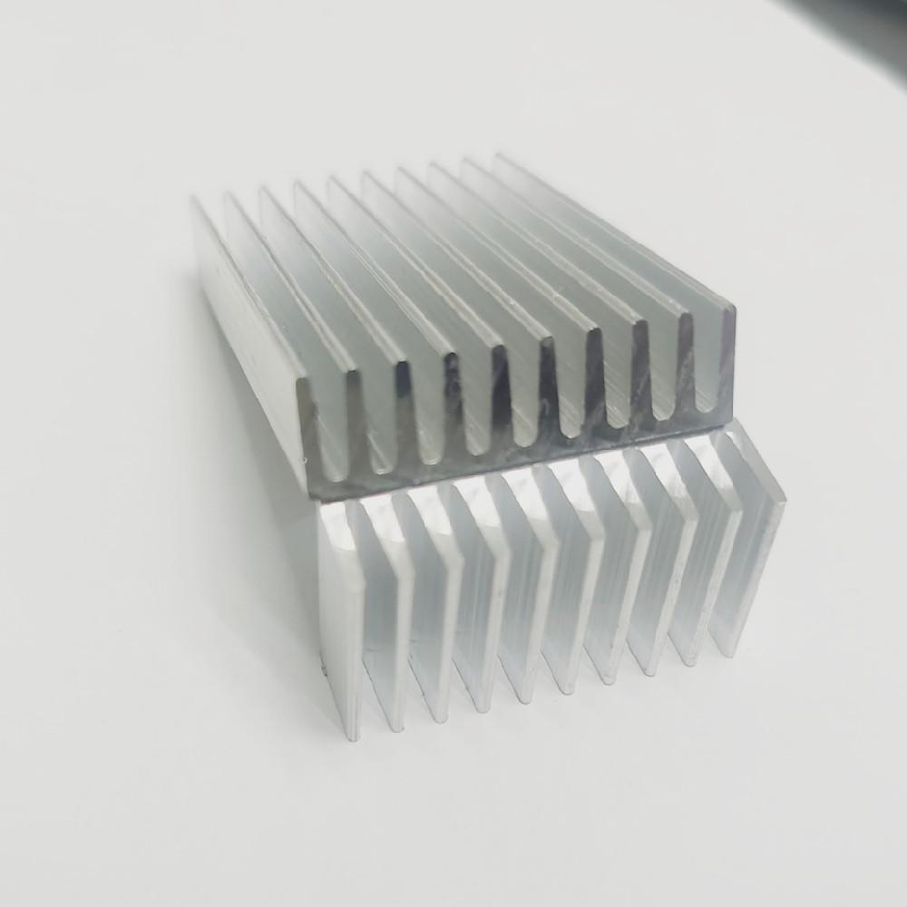粤发伟帮 LED大功率散热器 广东散热器用铝材外壳铝材定制加工