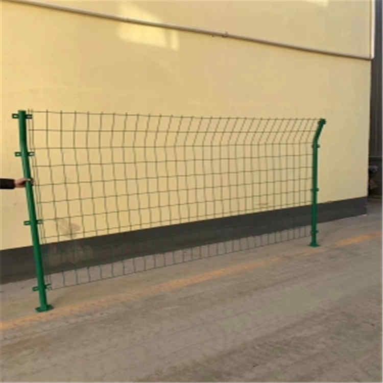 明杉绿色铁丝防护网厂家定制 绿色铁丝防护网价格优惠 绿色铁丝防护网现货批发