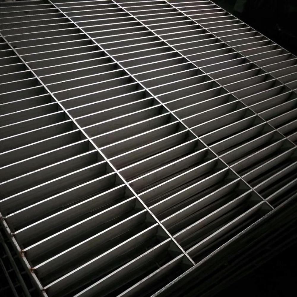 雄冠熱鍍鋅鋼格柵板鋼格板批發承重大