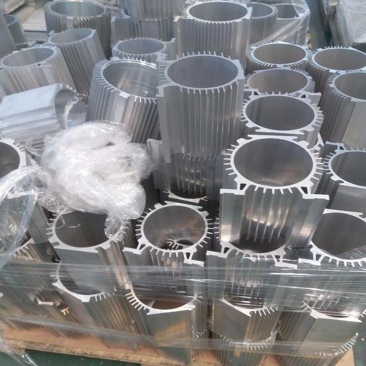 散热器铝材 鑫亿铝材 济南散热器铝材定制 应用范围广