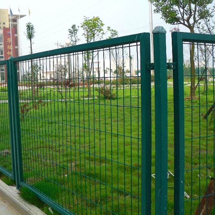 铁丝防护网 松鹤圈地铁丝防护网现货 定制临边护栏网