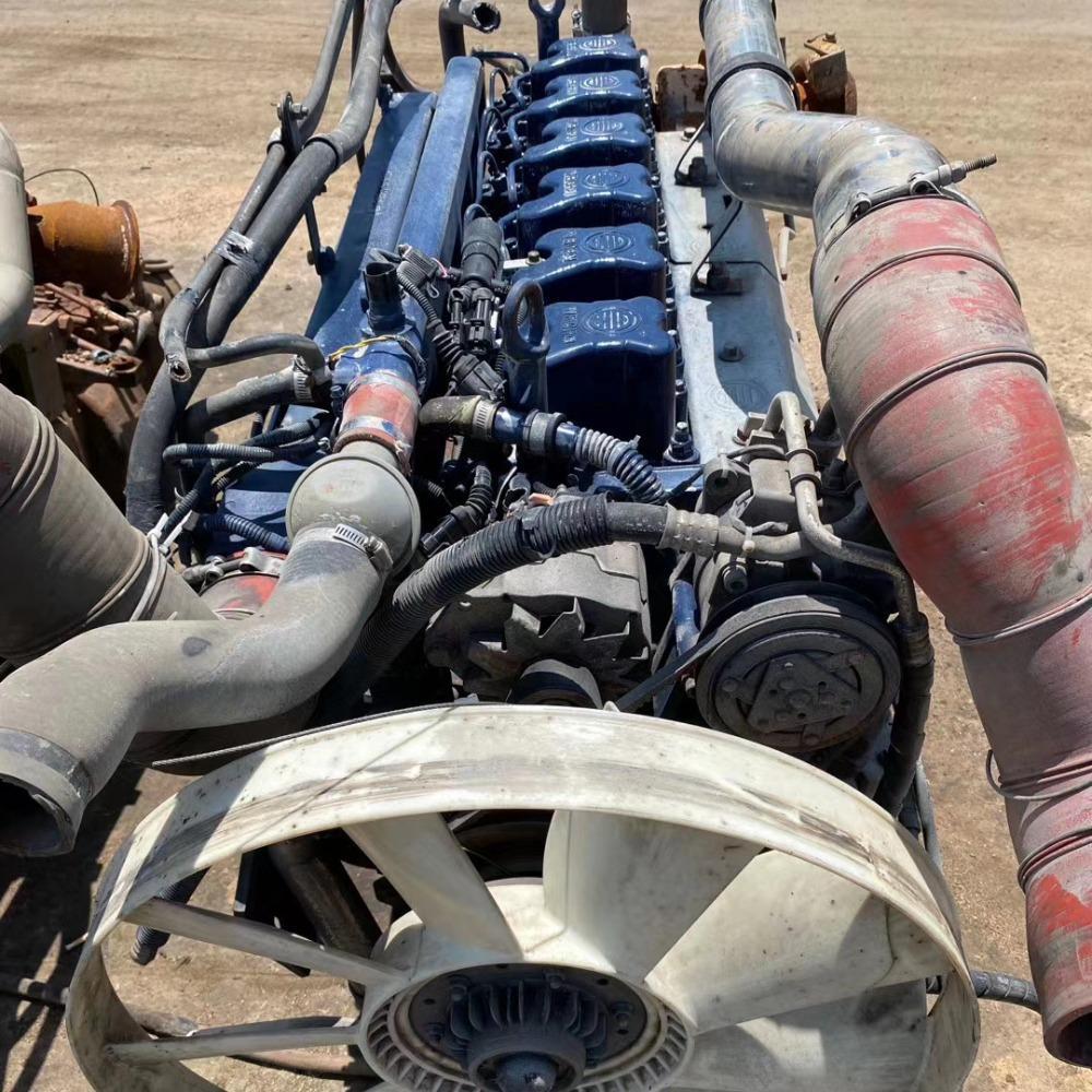 发动机 专业经营各种二手事故车发动机变速箱