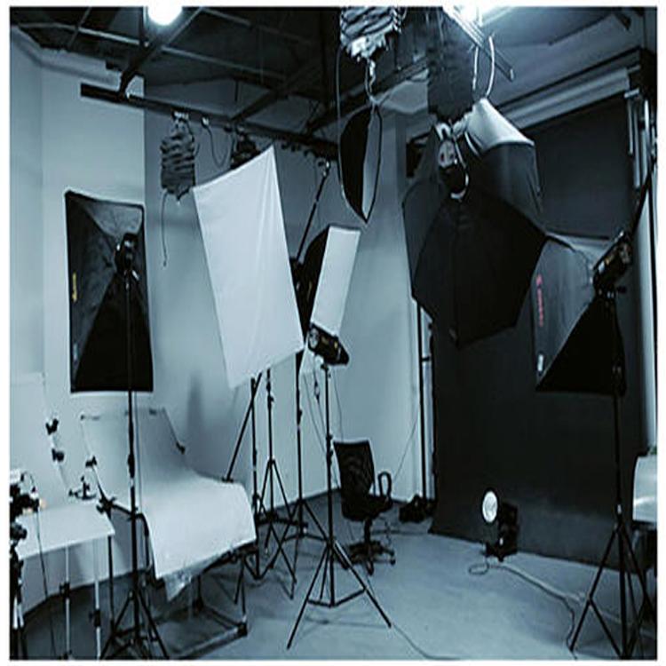米粒映画 成都公司广告片制作拍摄 成都广告片拍摄制作影视公司 成都宣传片拍摄制作 为企业打造专业的商业视频