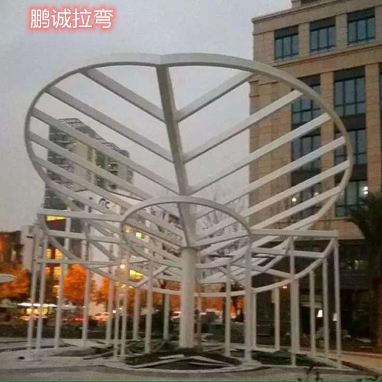 异形钢结构造型设计制作安装一条龙服务 异形钢结构景观造型加工 鹏诚造