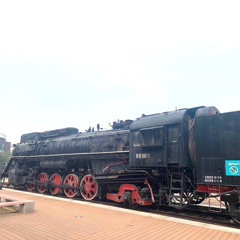 无穷大老式古典前进号火车头 影视摄影拍摄展览火车道具