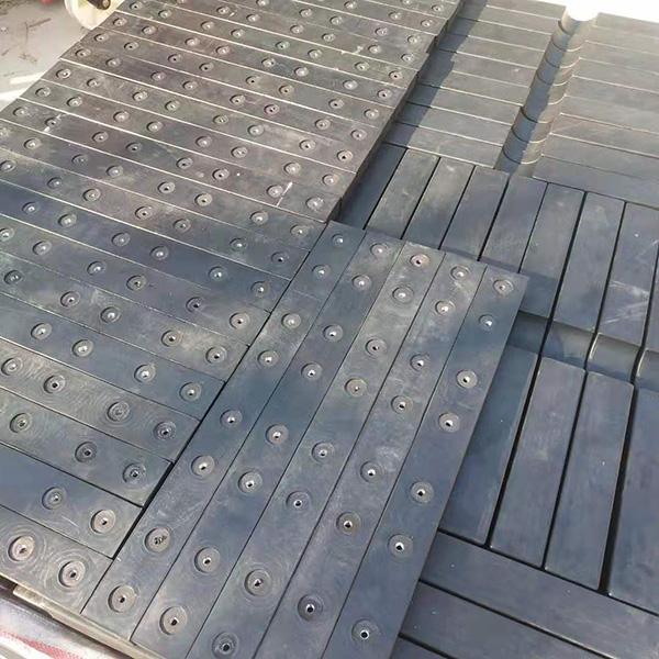 天然橡胶块报价 防腐天然橡胶块批发 双奥橡塑
