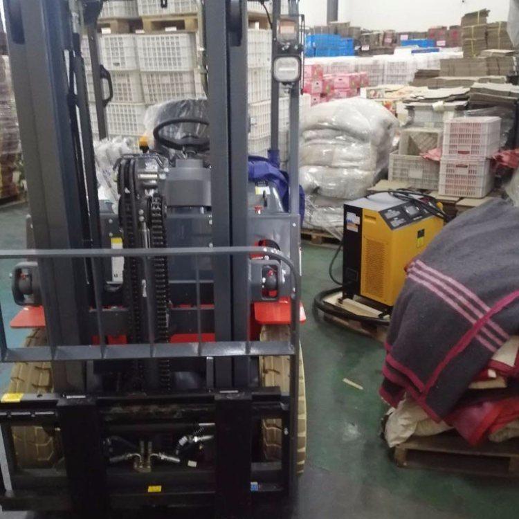 锂电池组锂电充电机 比亚迪锂电充电机德国技术 爱普拉