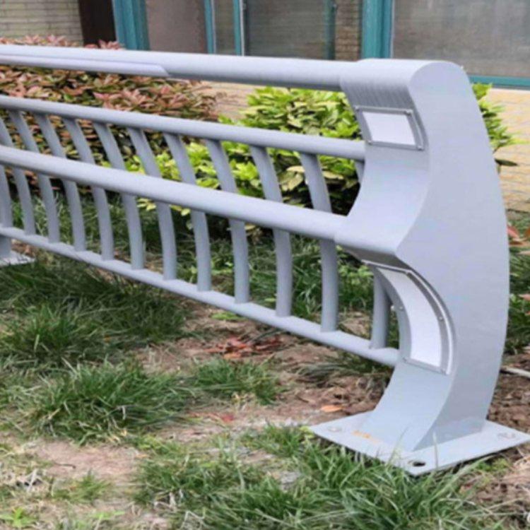 灯光栏杆现货 道路灯光栏杆 景观灯光栏杆批发 久信
