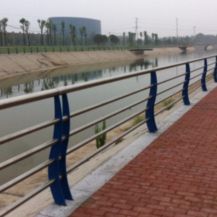人行道桥梁钢栏杆厂价直销 公路桥梁钢栏杆批发 飞龙