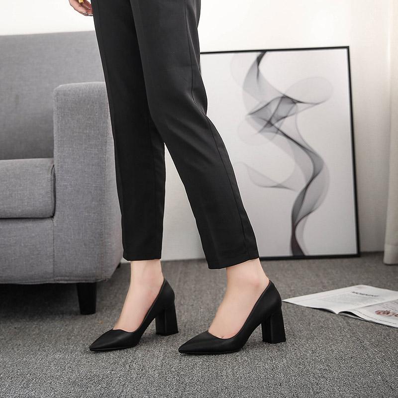银行工鞋工作鞋职工鞋定制品牌厂家 量身打造 生产厂家保证