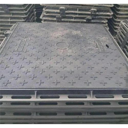 600*800铸铁方形井盖厂家 山东翔铭 700*700铸铁方形井盖