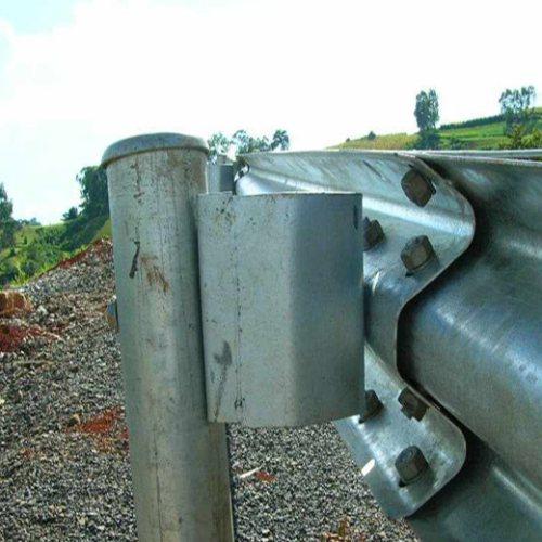 防阻块工厂 高速防阻块厂子 盛业交通设施 波形护栏防阻块哪家强