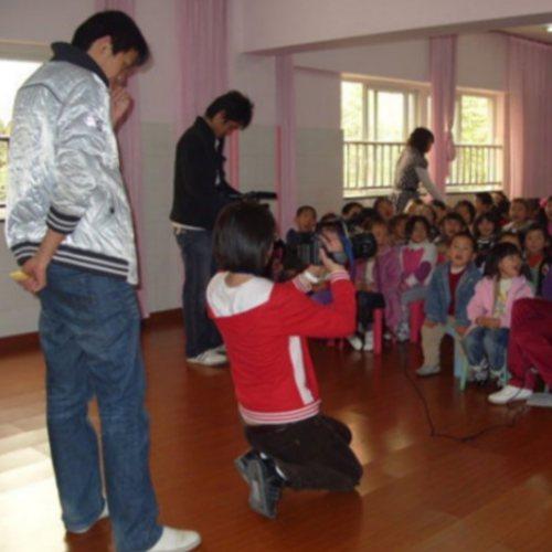 湖北儿童自闭症原因 心之初开音 湖北儿童自闭症学校