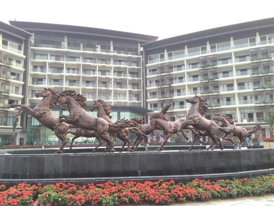 杭州玻璃钢雕塑 具有经久耐用优点