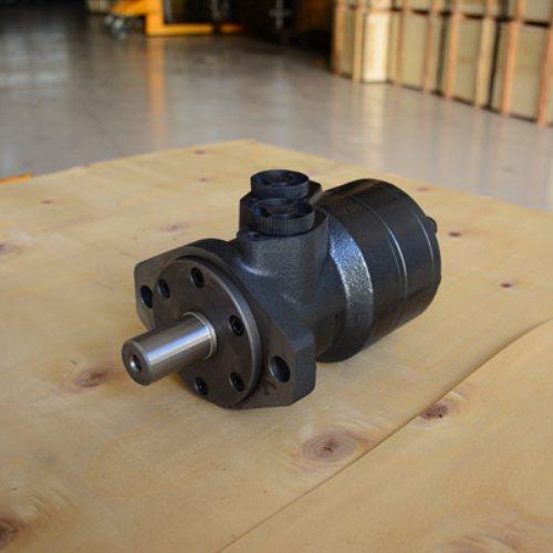 齿轮液压马达定制 旋转液压马达出售 齿轮液压马达定做 源工