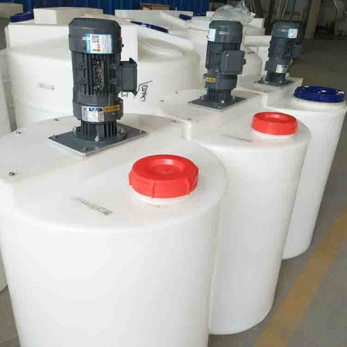 安阳绿新隆加药箱容器 富大容器 15立方锥底加药箱储罐厂