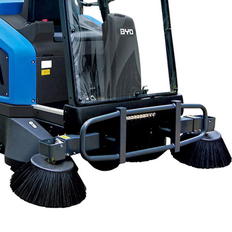 开州扫地机价格 驾驶式扫地车