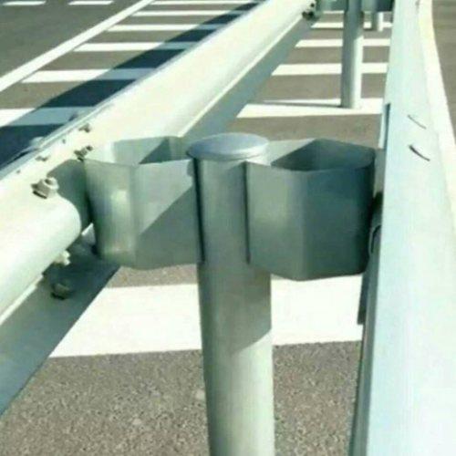 喷塑防阻块供应商 热镀锌防阻块生产商 盛业交通设施