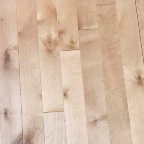 羽毛球馆运动体育木地板多少钱一平方 运风