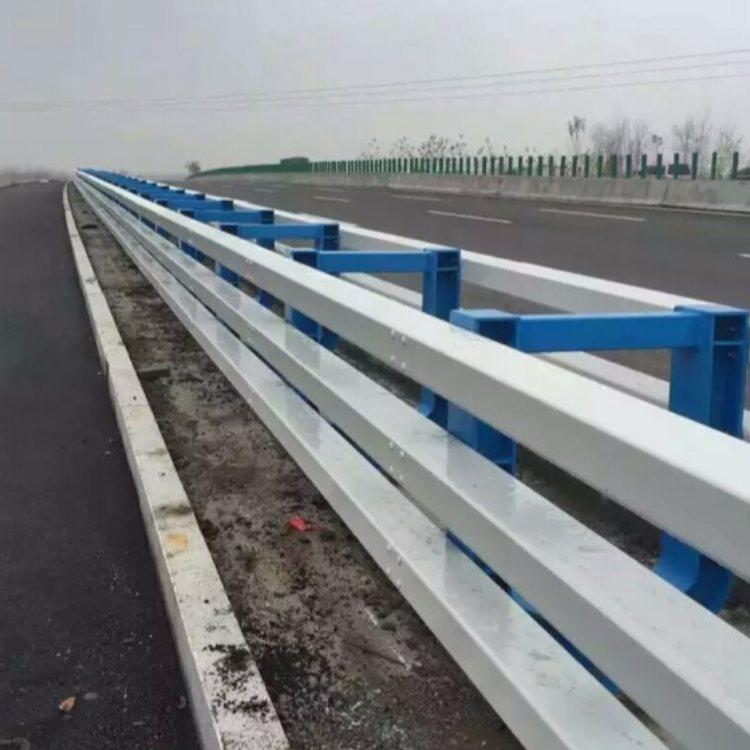 优质防撞钢栏杆现货 专业防撞钢栏杆厂 神龙